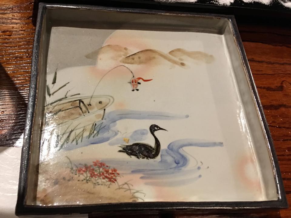 水鳥の絵皿の写真