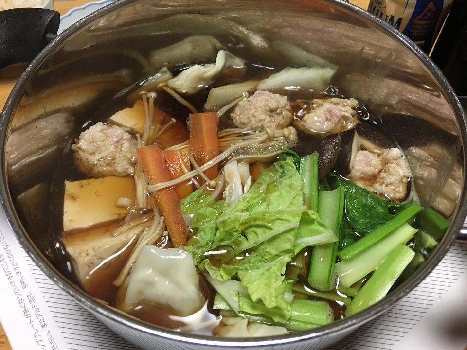 鶏団子鍋の写真