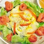 水ナスとズッキーニのサーモンサラダの写真