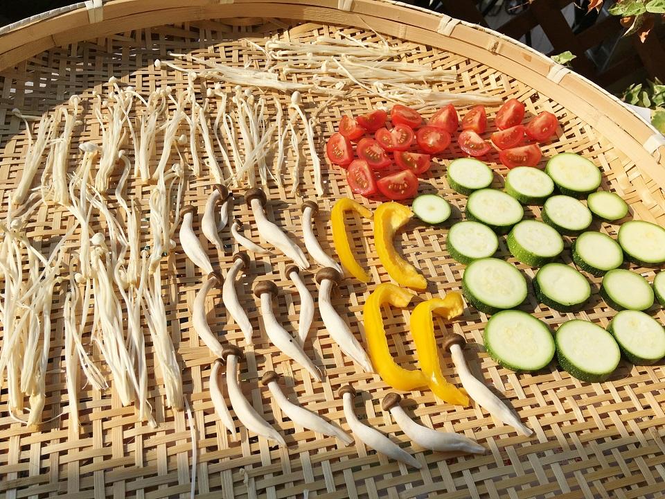 1回目の野菜を干している写真