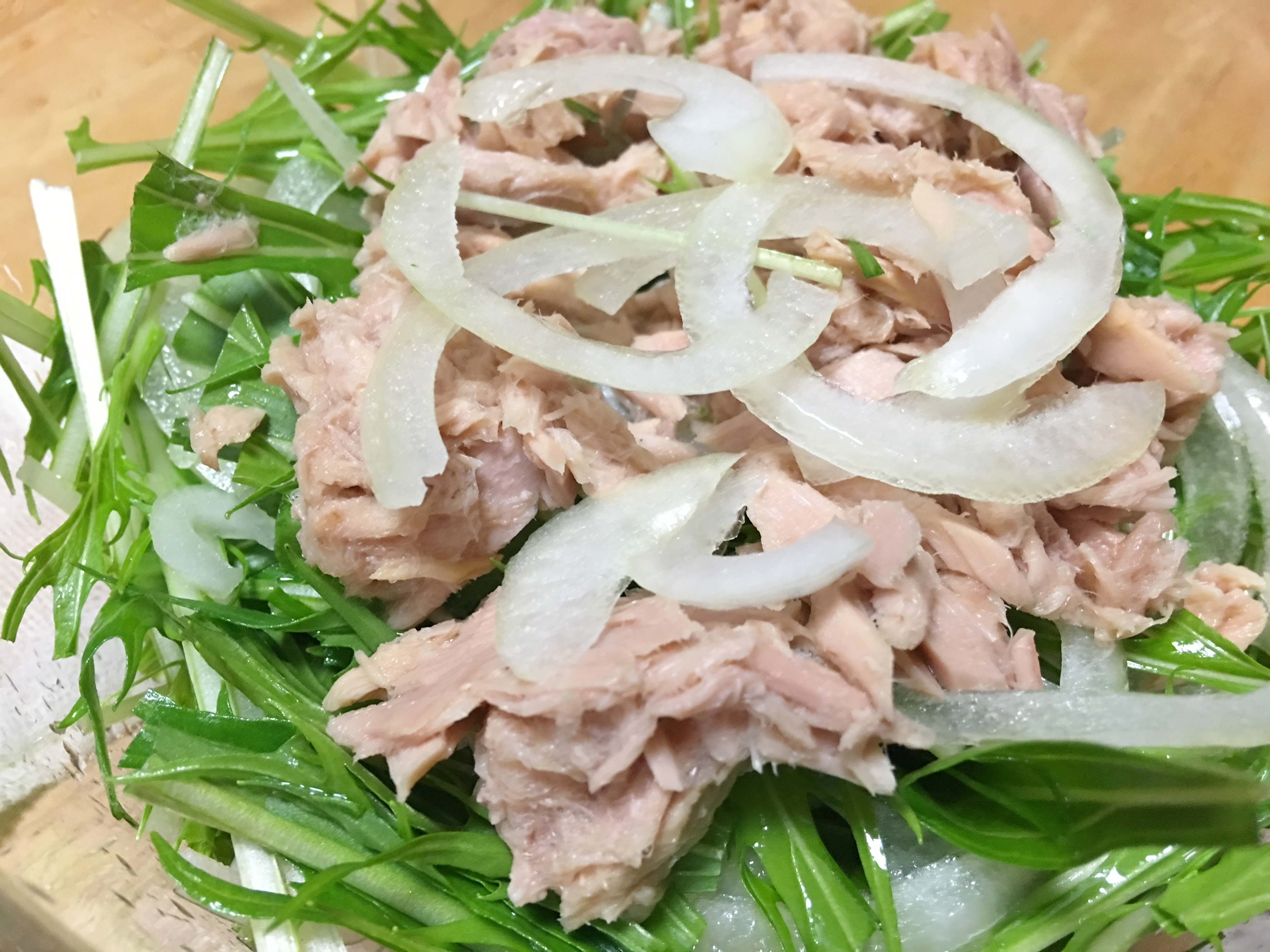 水菜のサラダの写真