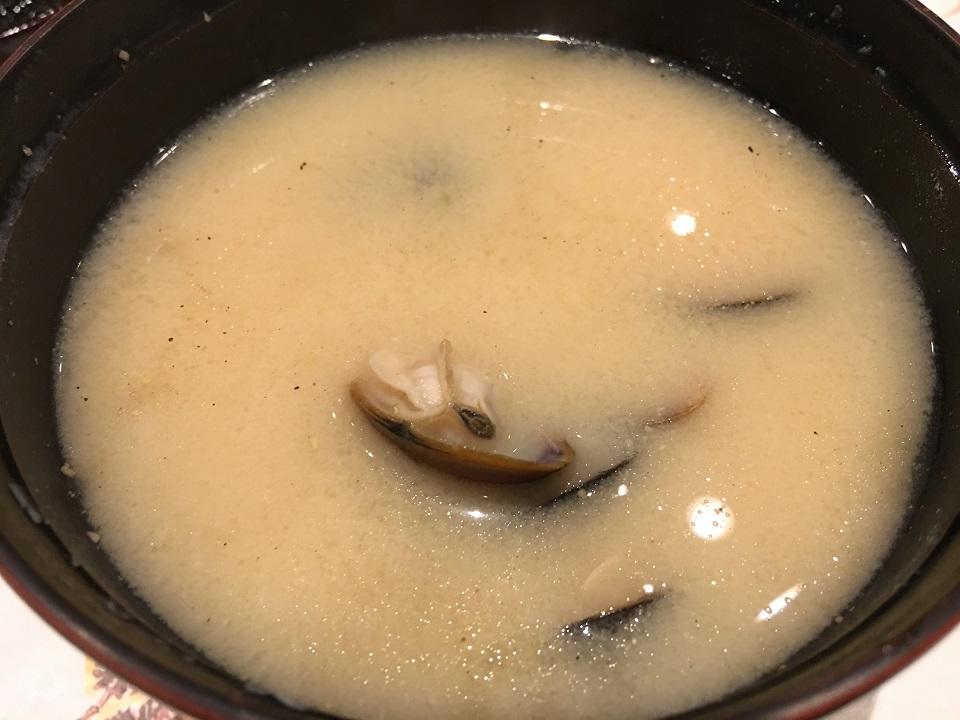 シジミのお味噌汁の写真