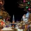 クリスマスのイルミネーションと教会のイラスト