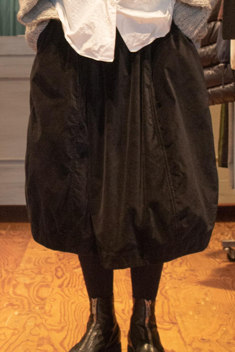 ケーシーケーシーのスカートの写真