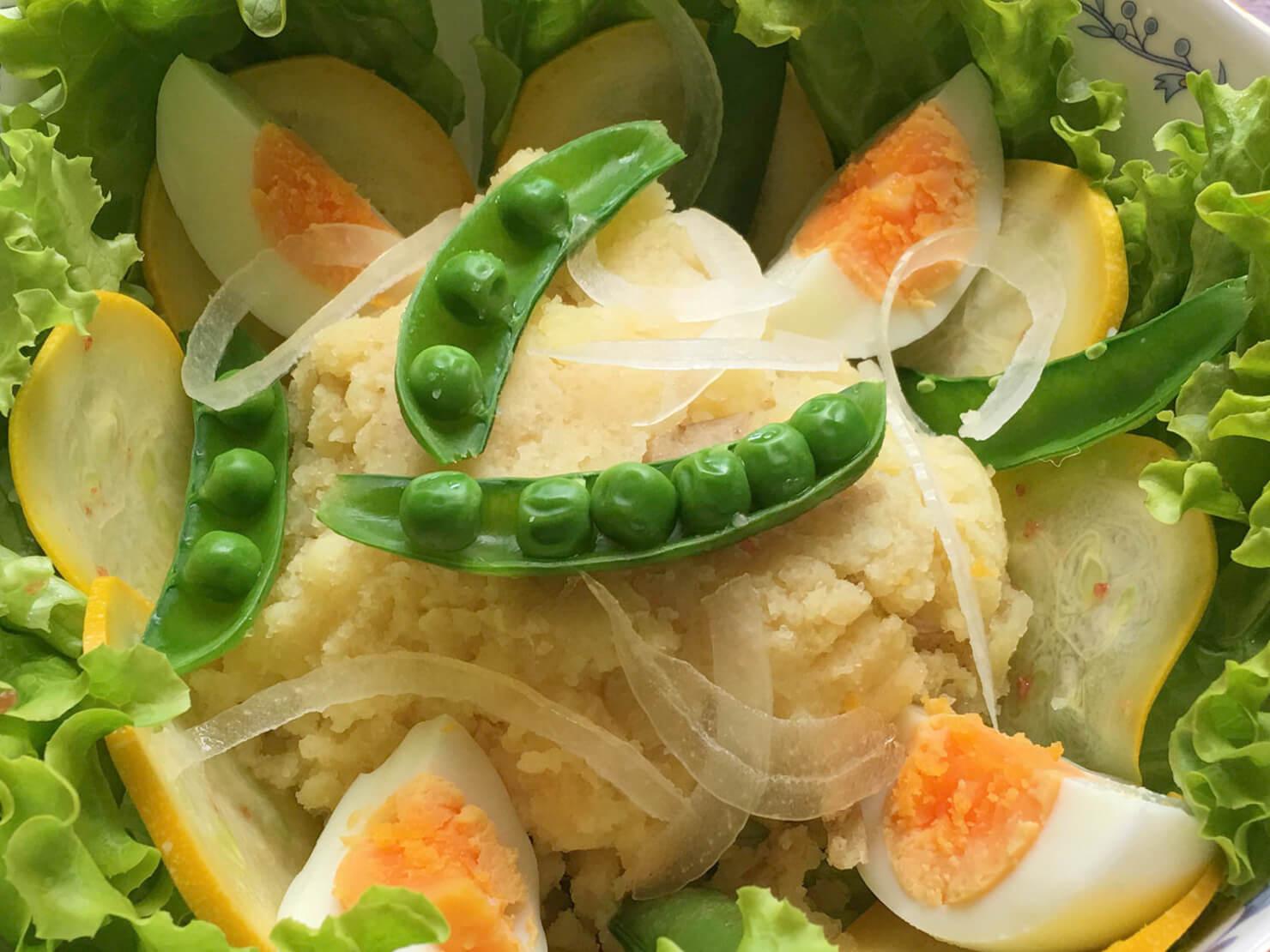 タラモサラダの盛りつけ方がわかる写真