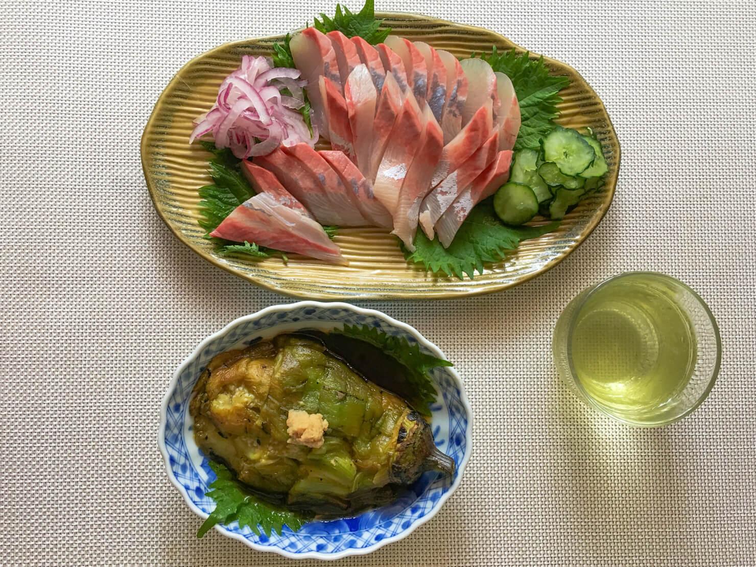 白ナスの焼きナスの日の夕飯の写真