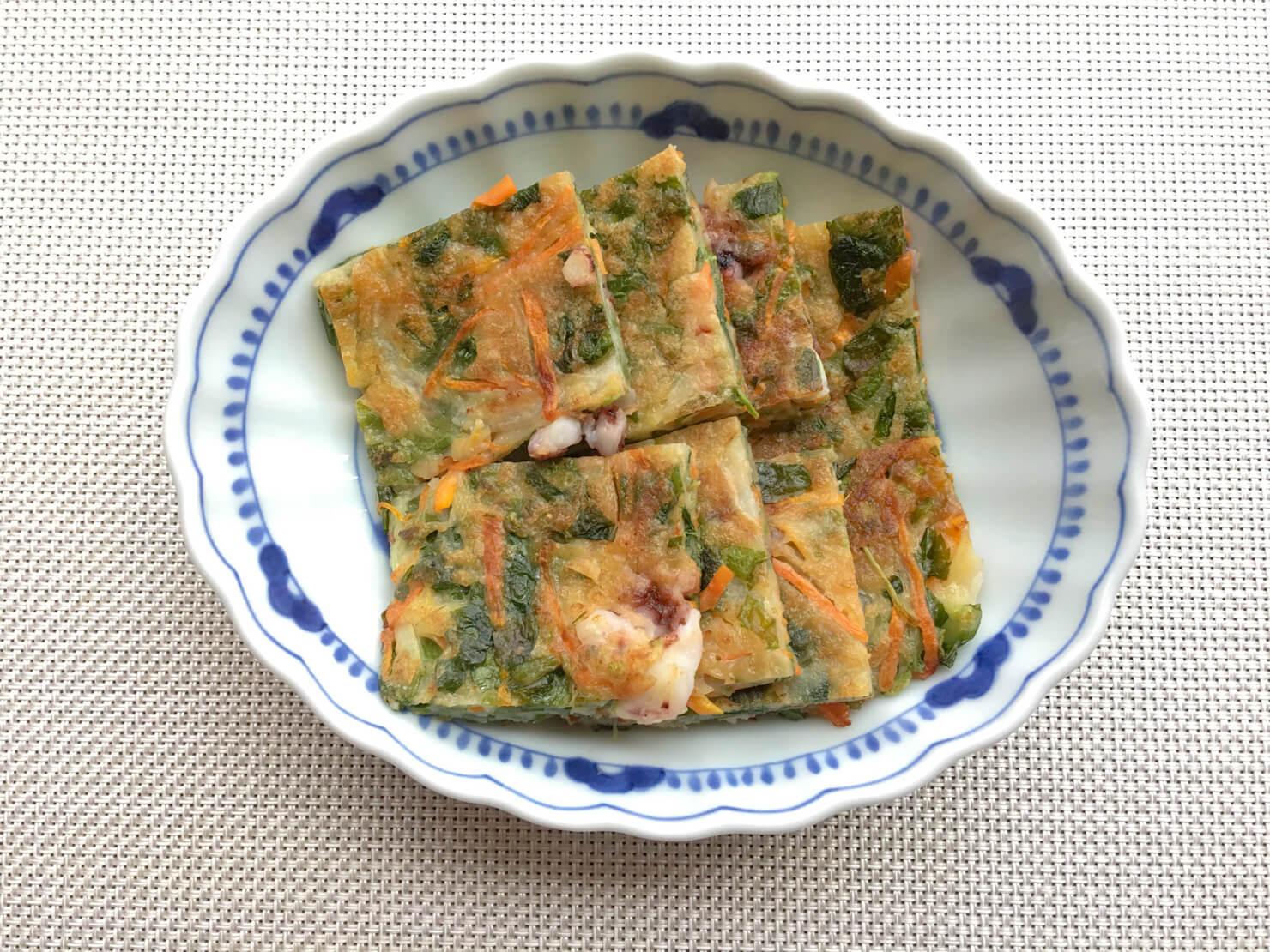 お弁当にぴったりのモロヘイヤの卵焼きの写真
