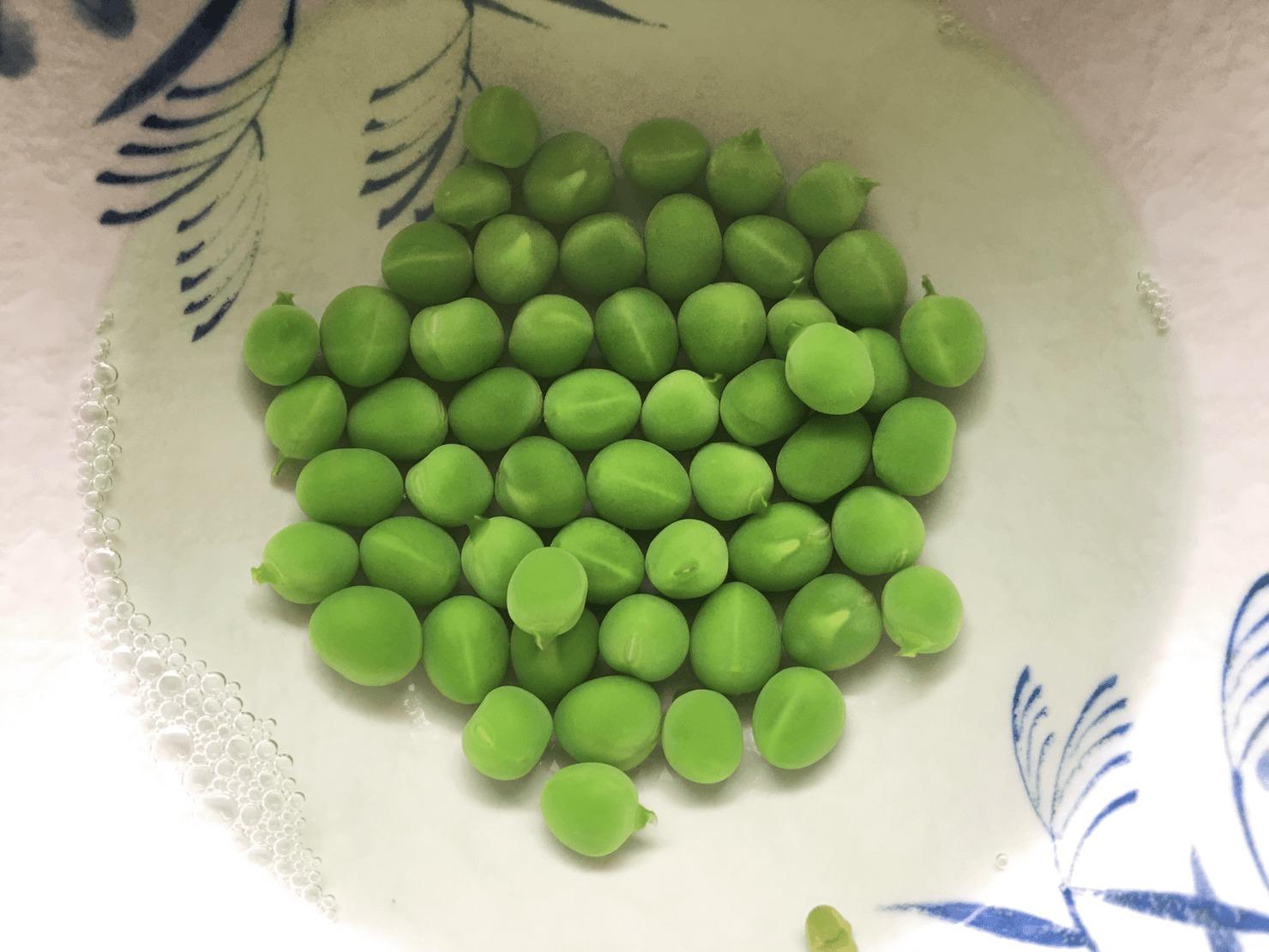 ゆでたグリーンピースの写真
