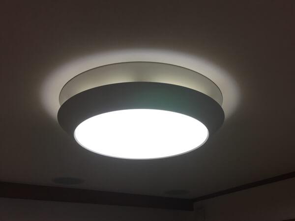 蛍光灯の写真