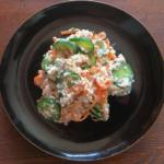 きゅうりと豆腐とツナで作った白和の写真