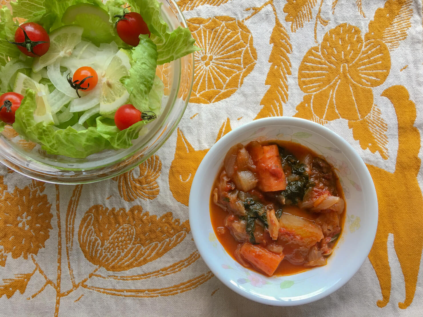 牛スネ肉とカーボロネロのトマト煮込みの写真