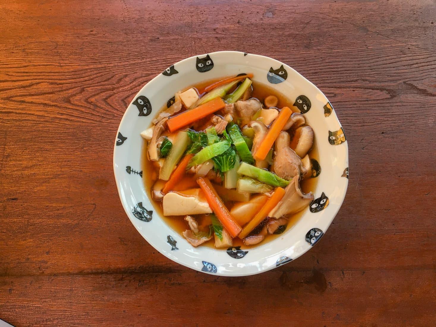 子持ち高菜と豆腐ときのこの具だくさん中華スープの写真