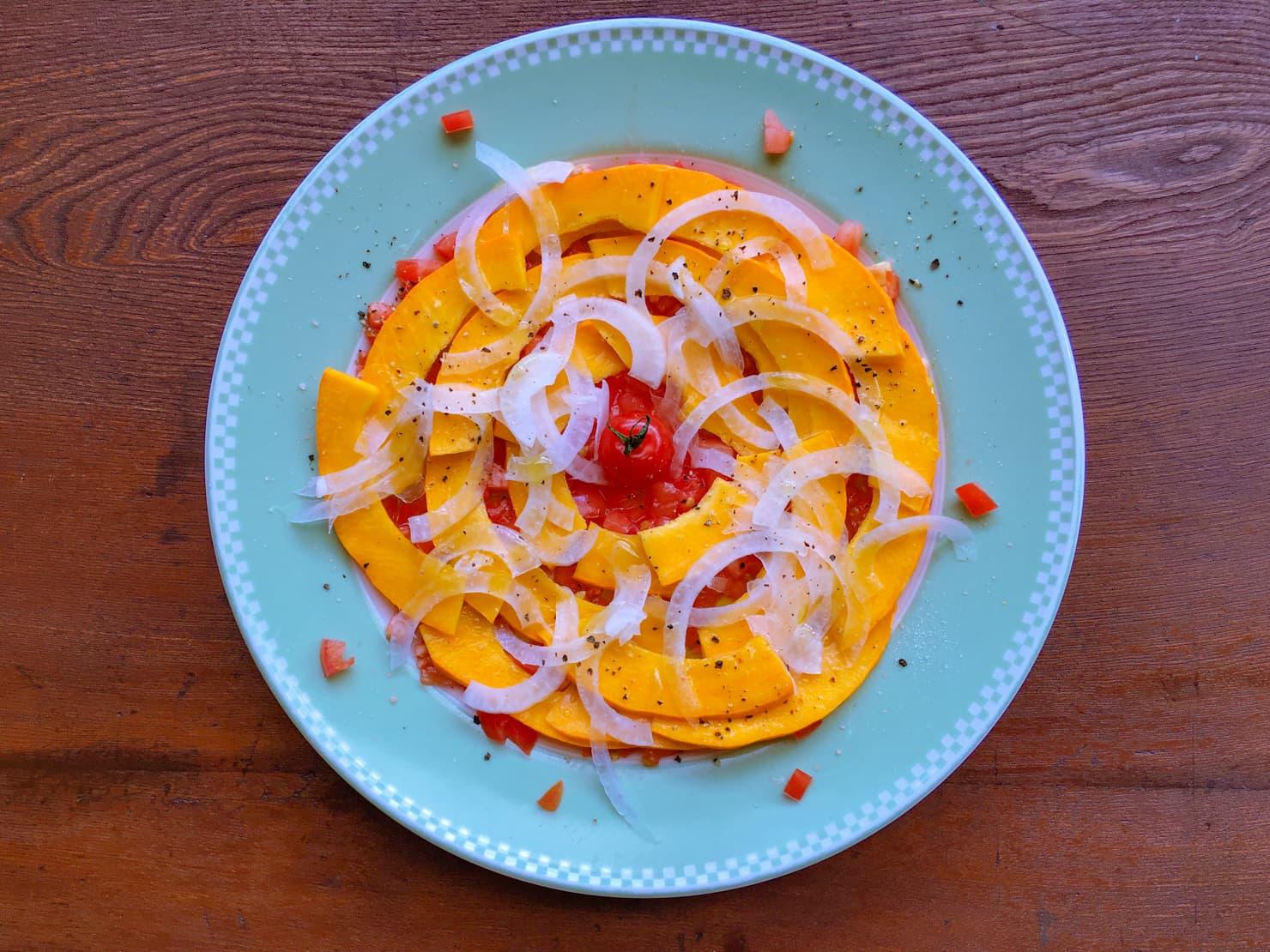 コリンキーのカルパッチョサラダの写真