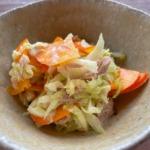 コリンキーとツナとキャベツのサラダの写真
